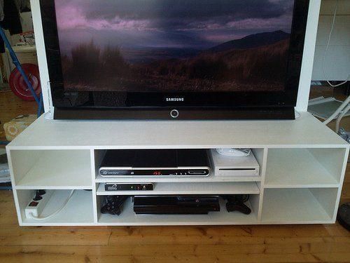 Nya TV-bänken, framifrån